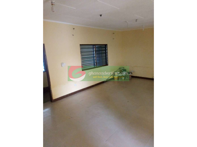 Gated two bedroom self at Teshie-rasta - 2