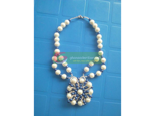 Beaded necklace - 3