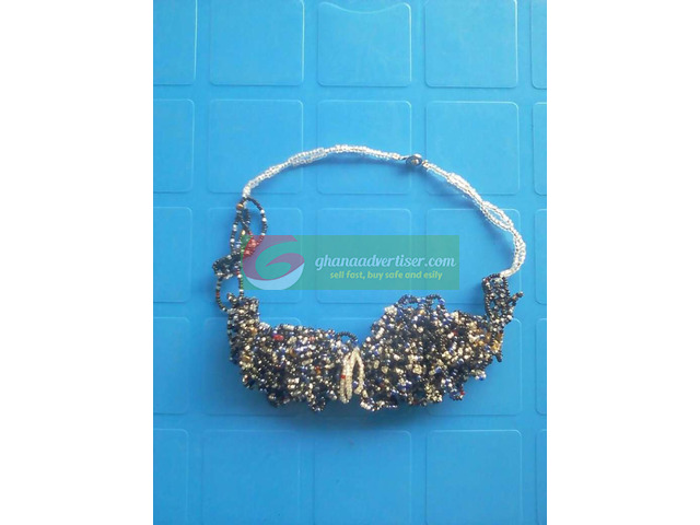 Beaded necklace - 4