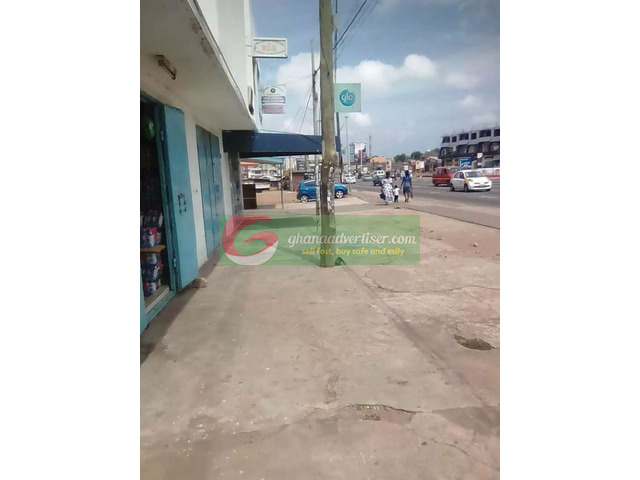 Shop for rent at Achimota - 3