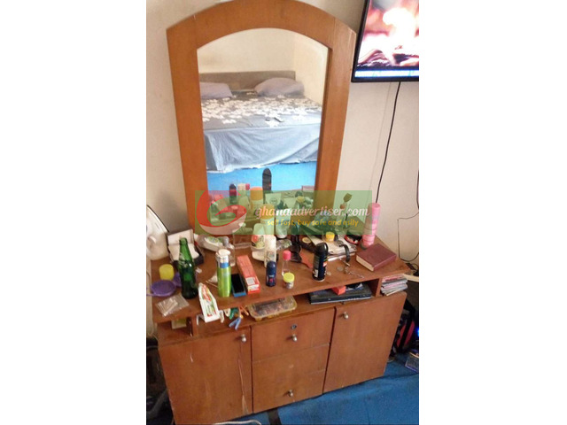 Dressing mirror for sale - 1