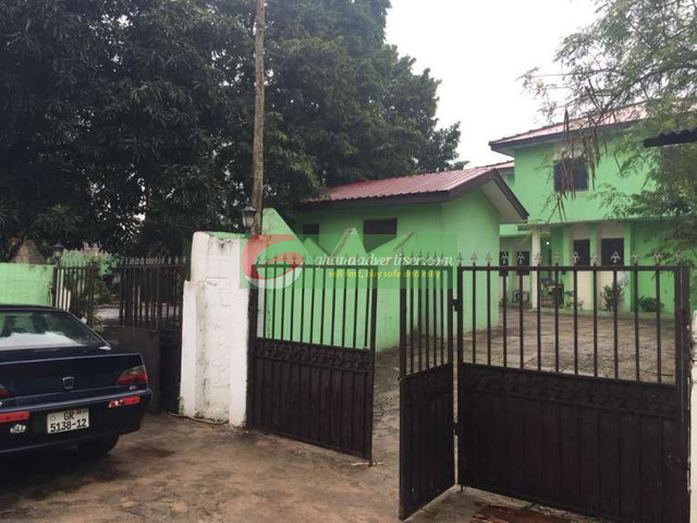 6 bedroom house to let at Kokomlemle - 2