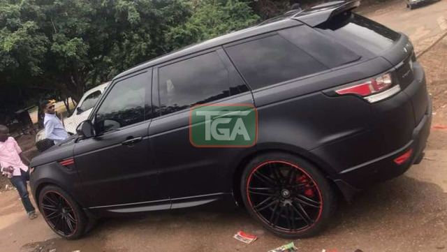 Range Rover 2009 model registered 2018 - 1