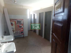 neat Shop for rent at Spintex