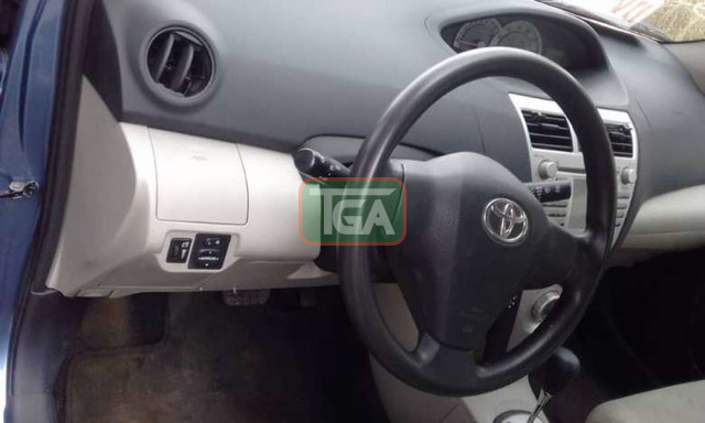 2008 Toyota Yaris for sale - 4