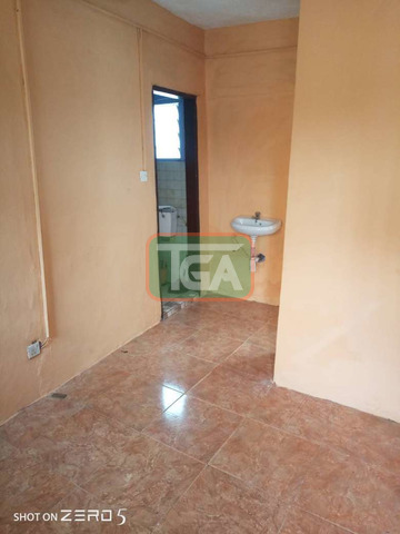 Single room s/c at Dzowulu to let - 1