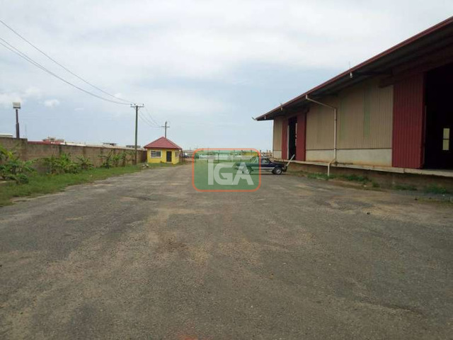 FOR SALE: Warehouse on 1.8 Acres Land along COMMUNITY 25, TE - 2