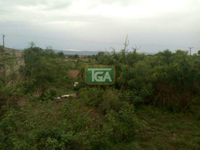 Registered land for sale, Oyib - 2
