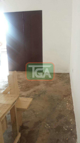 Store to let, no agent - 2