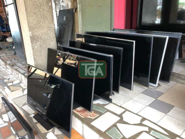 """LED/LDC TV's Available in all sizes from 22""""-55 - 1"""