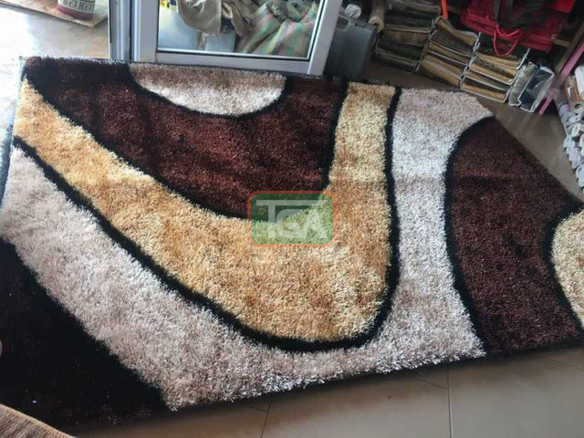 Center woolly Carpets - 1