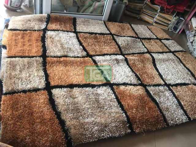 Center woolly Carpets - 2