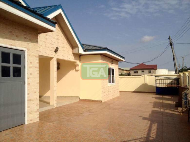 4 bedrooms house - 2