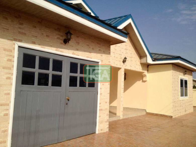 4 bedrooms house - 5