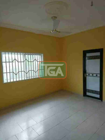 Selling 3 bedrooms house at C.P in Kasoa - 3