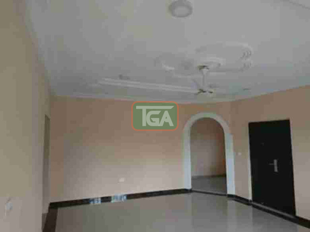 Selling 3 bedrooms house at C.P in Kasoa - 4