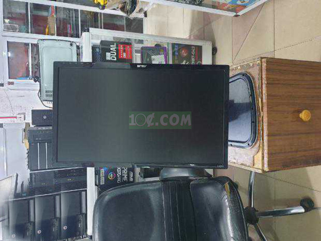 24inch ASUS Monitor with HDMI - 7