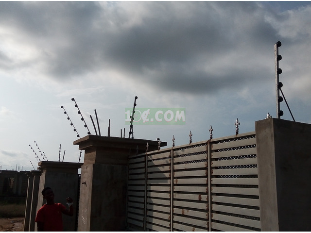 Electric fence installation - 2