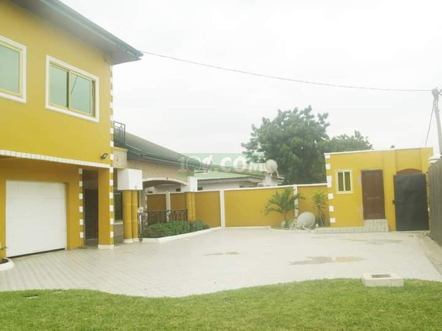 NEWLY BUILD 6BEDROOM HOUSE FOR SALE @ADENTA - 5