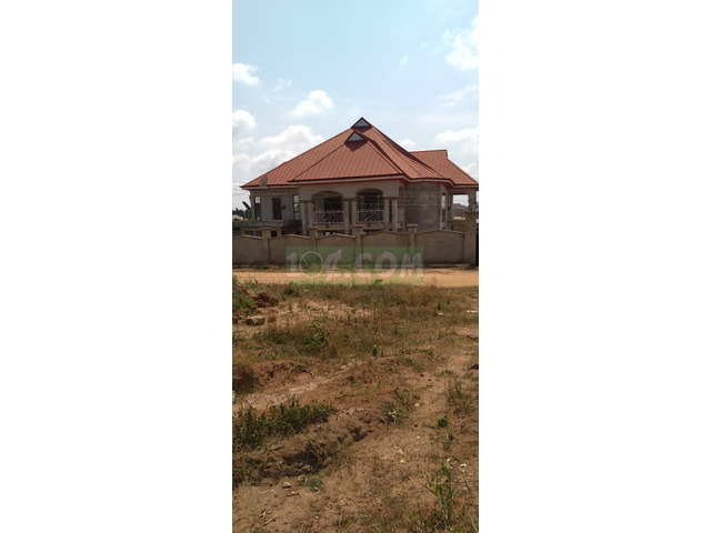7 Bedrooms for sale at Anwomaso - 1