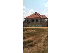 7 Bedrooms for sale at Anwomaso