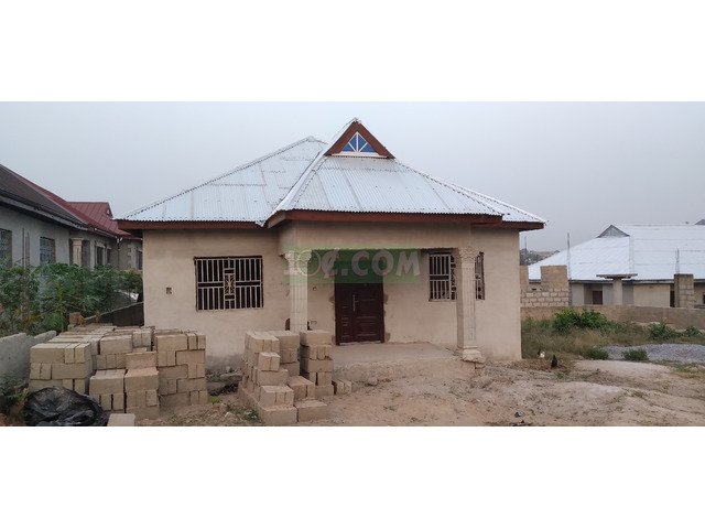 3 Bedrooms with spacious compound - 1