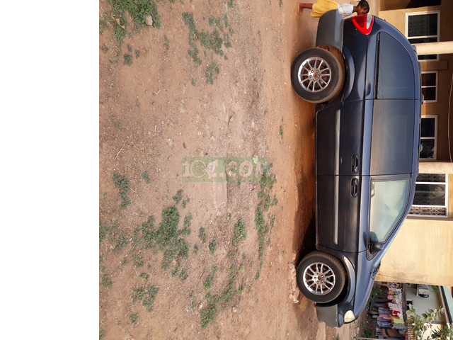 8 SEATER FAMILY SIZE CAR IN PERFECT CONDITION - 1