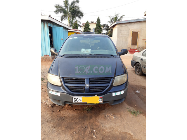 8 SEATER FAMILY SIZE CAR IN PERFECT CONDITION - 3